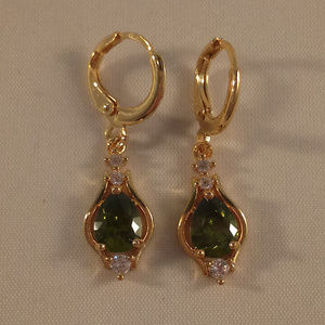 18k Gold F Green Pear ShapeTopaz Zircon Earrings